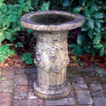 Gothic Design Stone Birdbath - Garden Bird Bath Feeder