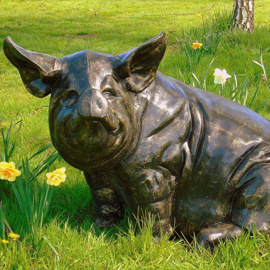 Big Pig Bronze Metal Garden Statue