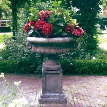 Edwardian Plant Pot on Plain Plinth - Large Garden Planter