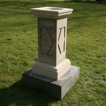 Grand Design Stone Birdbath & Pedestal - Garden Bird Bath Feeders