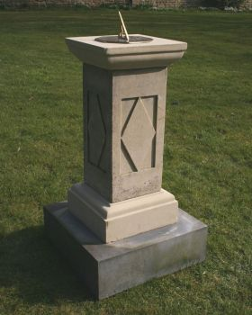 Grand Square Stone Brass Sun Dial & Pedestal - Large Garden Sundials