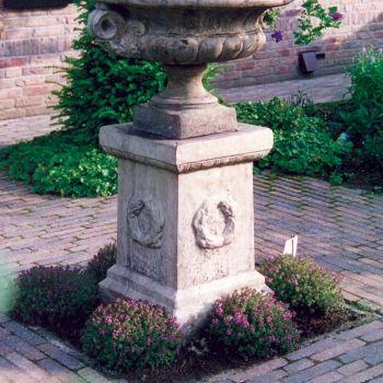 Laurel Column Pedestal - Stone Statue Plinth