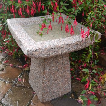 Quadrate Natural Granite Stone Birdbath - Garden Bird Bath Feeder