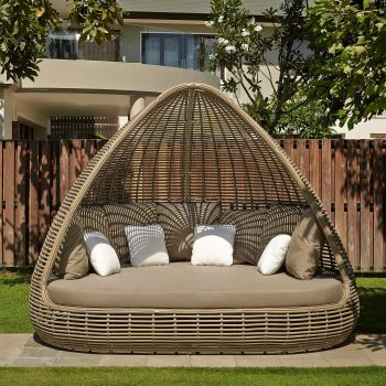 Shade Rattan Daybed Sofa Garden Furniture