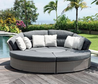 Bisham Round Rattan Daybed Sofa Garden Furniture