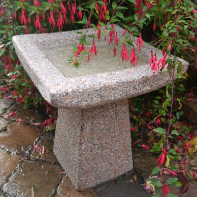 Quadrate Natural Granite Stone Birdbath - Garden Bird Bath Feeder